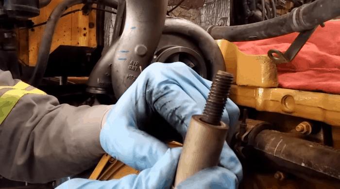 copper anti-seize on C13 mount bolts